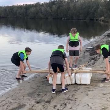Scout raft making challenge